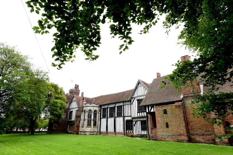 OLDHALL_02